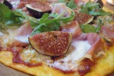 Fig, gorgonzola and parma ham pizza